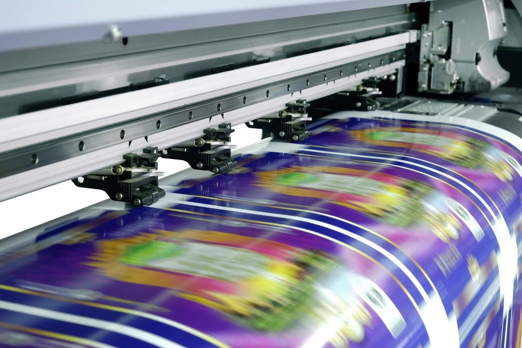 Wide format printer in action