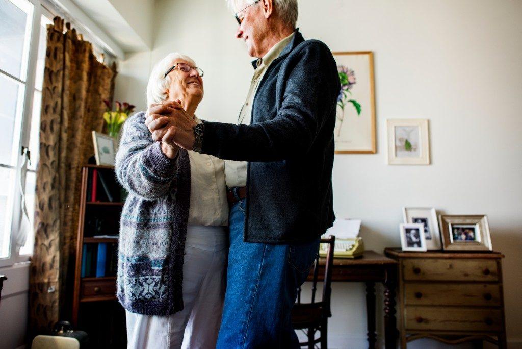Dancing elderly
