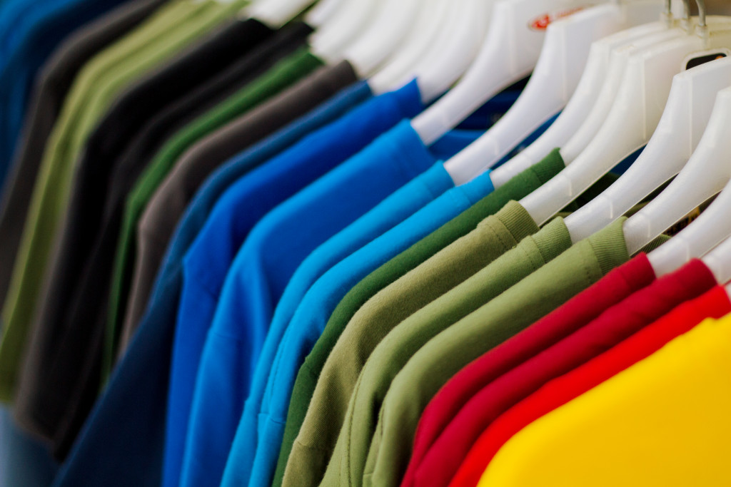 different color shirts